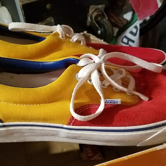 Wall Skate Shoes Red Yellow Blue